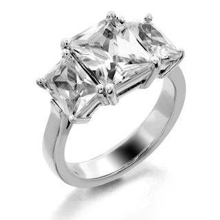 Picture of Three stone ring emerald cut stones