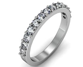 Picture of Prong set wedding band
